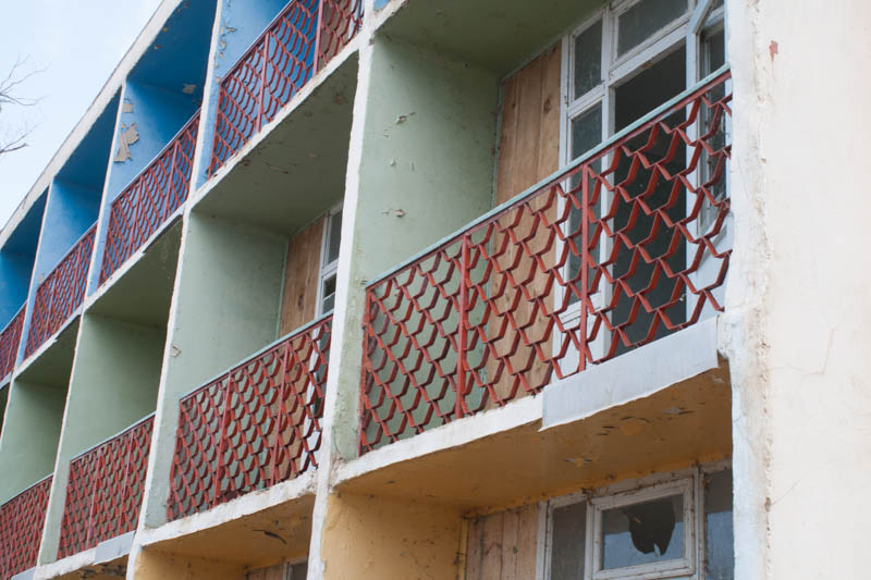 Verfallene Hotelanlage am Issyk Kul